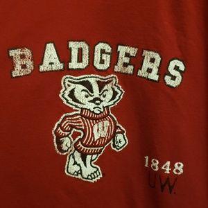 IZOD Collegiate WISCONSIN BADGERS T-shirt